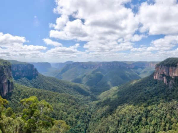 Take a weekend trip to these fire-affected towns within 3 hours' drive of Sydney