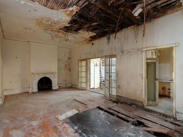 Unlivable house sydney selling millions